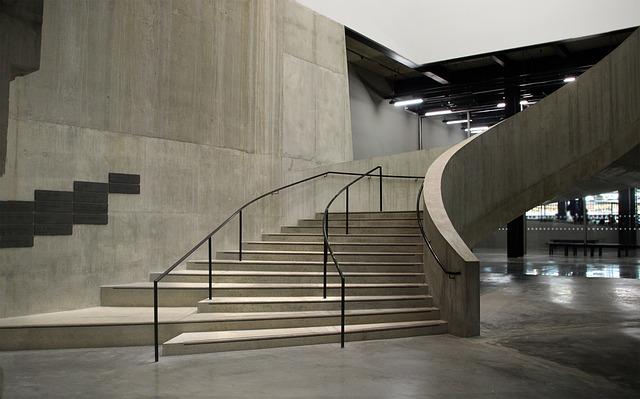 schody v galerii