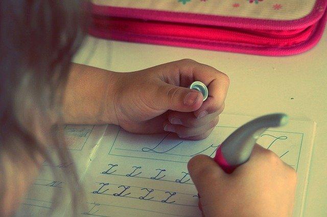 psaní ve škole