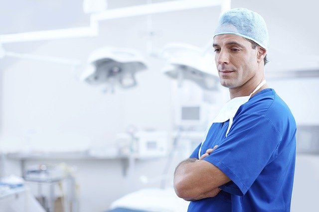 lékař na vyšetření