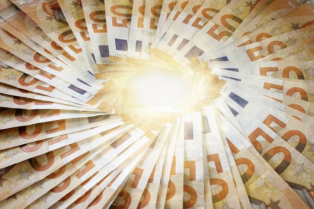 kruh z peněz